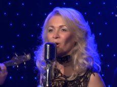 Софія Яковин — Співає серце моє